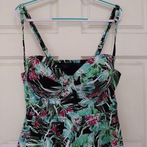 Torrid swim suit top size 2